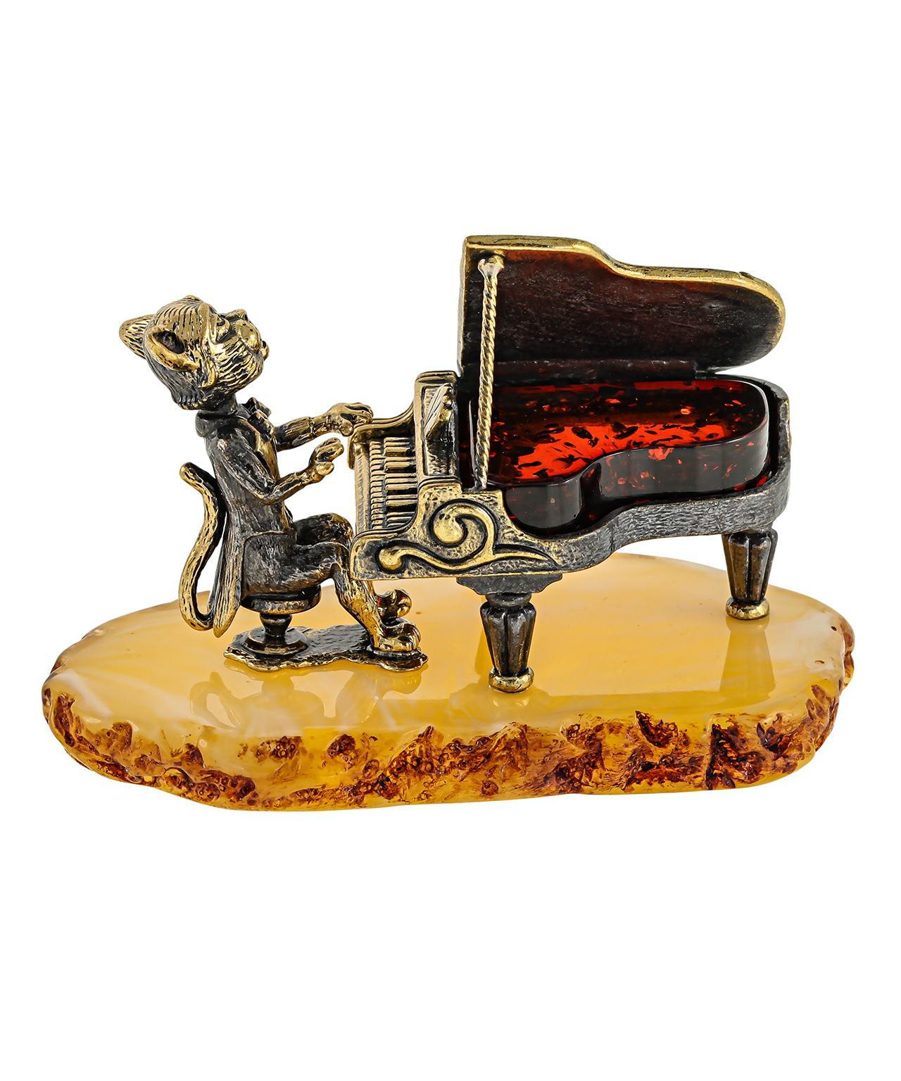 Кот с роялем 1583
