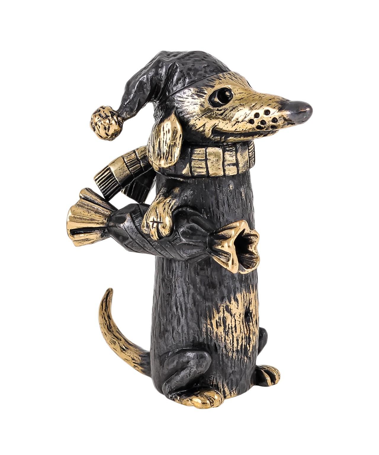 Собака Такса Сосиска с конфеткой без подставки 1748.1