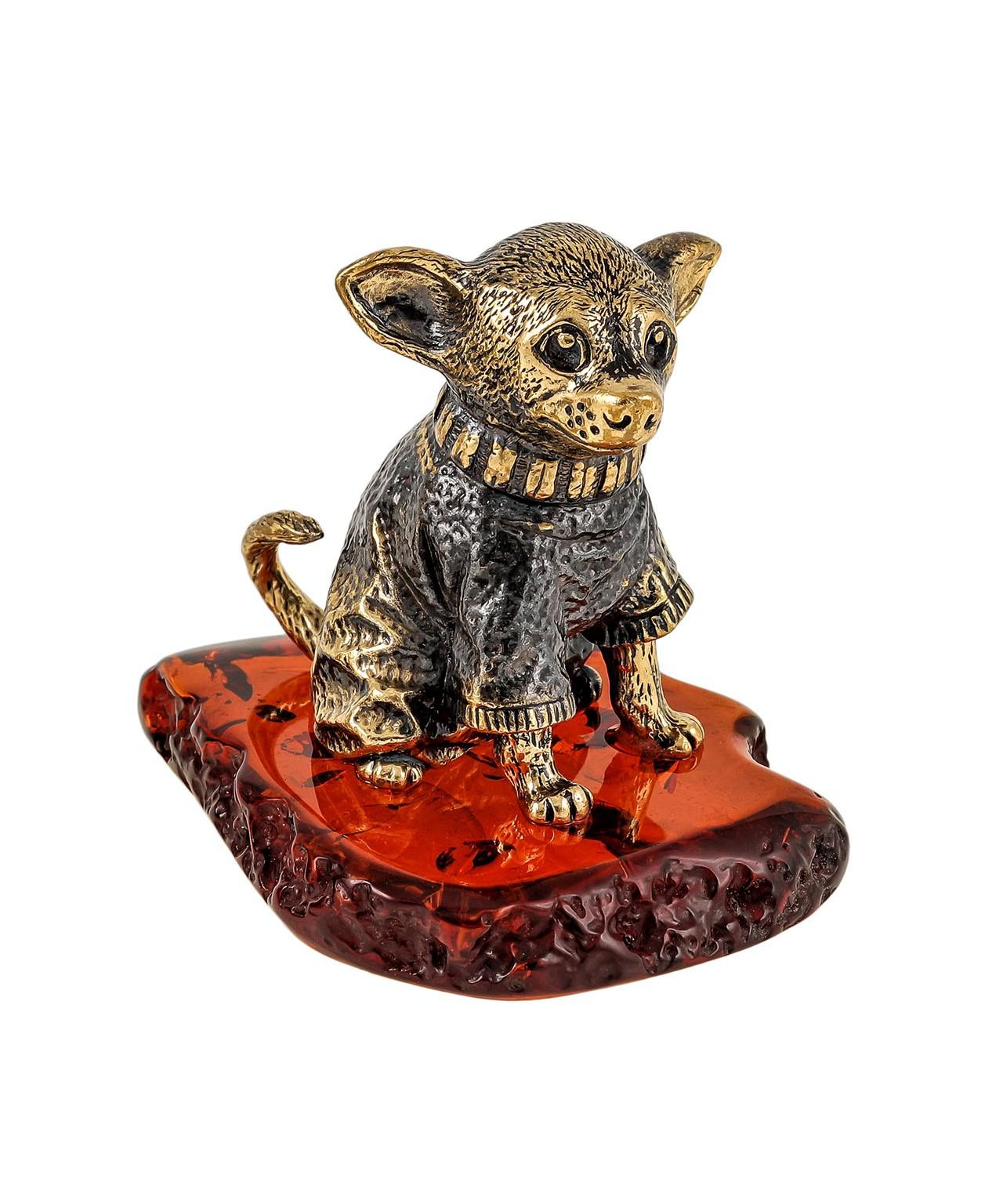 Собака Той-терьер в кофточке 1847