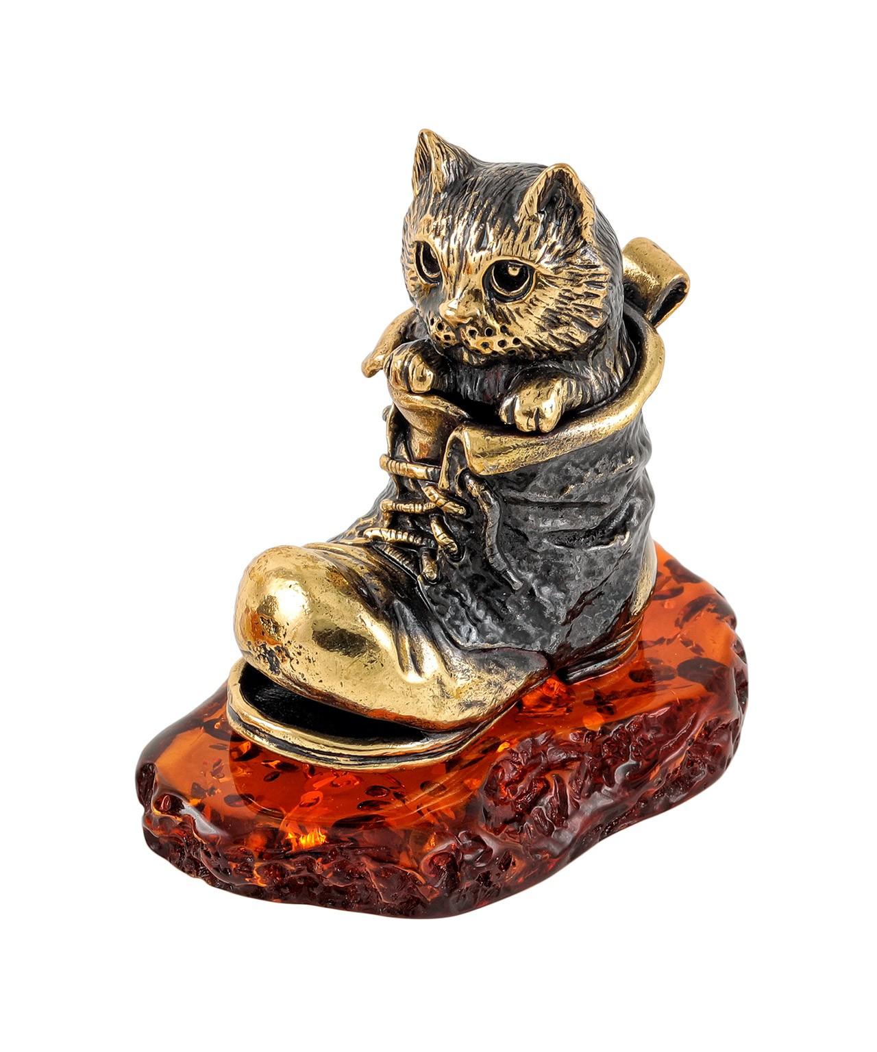 Котик в башмаке 1876