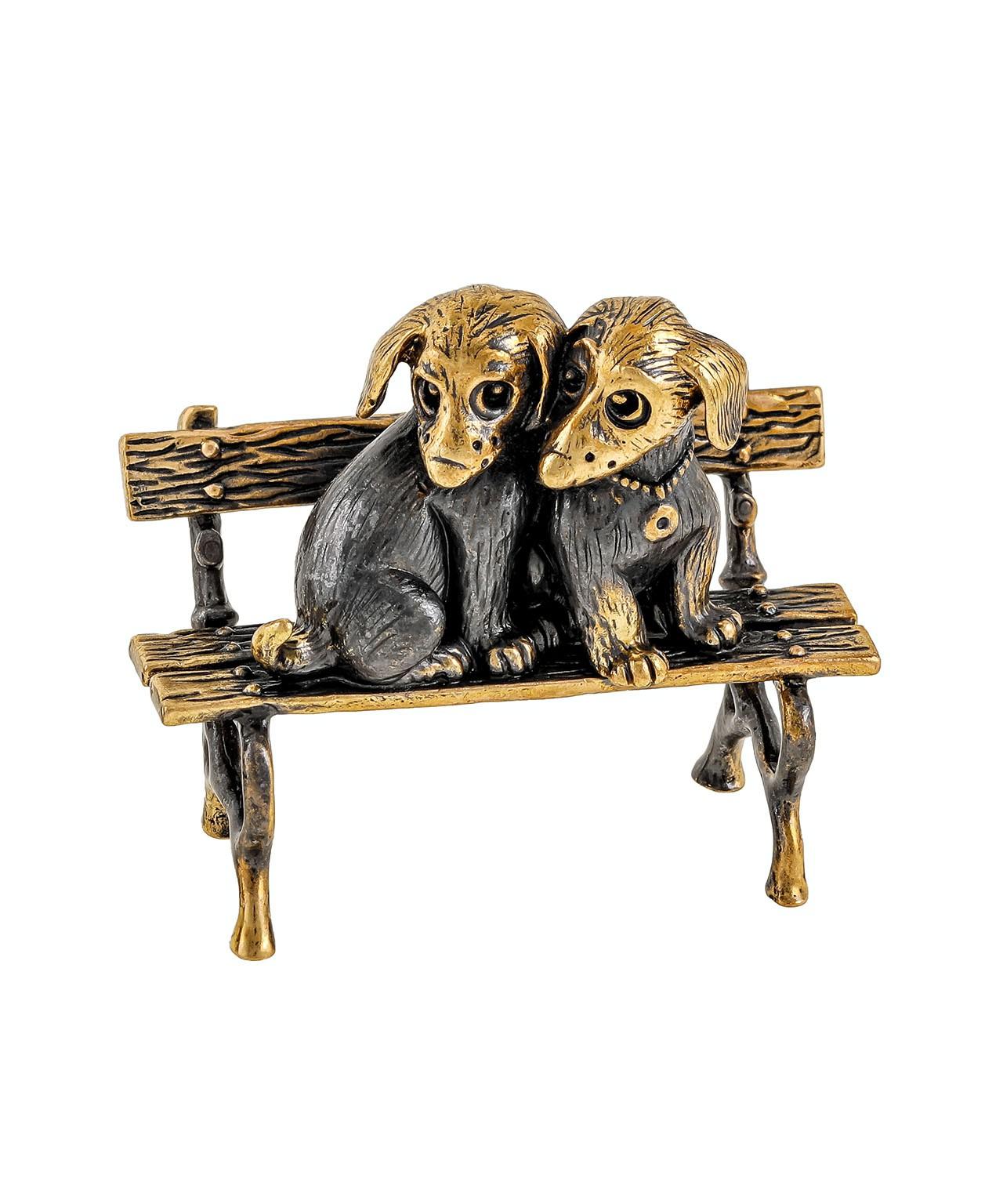 Собаки Щенята на скамейке без подставки 1944.1