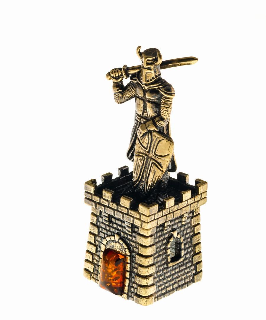 Колокольчик Крепость с рыцарем с щитом 629