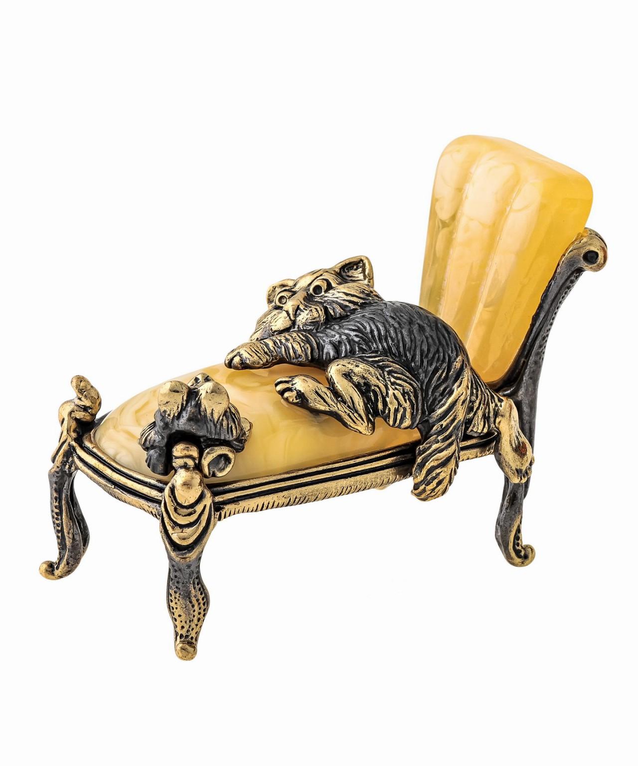 Кот и мышь на кушетке 1495