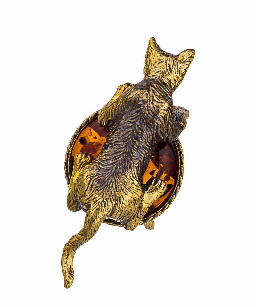 Кот на пуфике 507