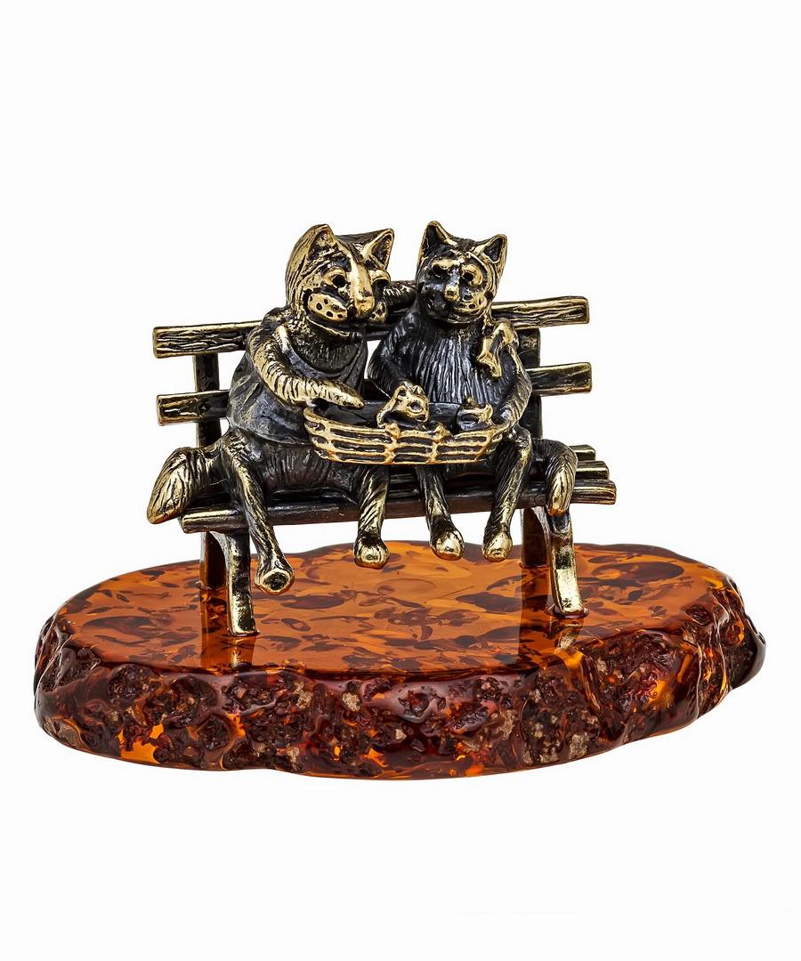 Коты Пара с котятами 1096