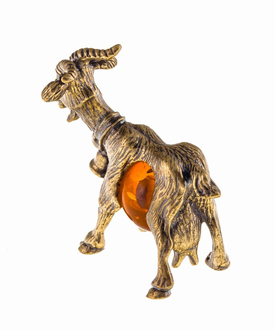 Коза с колокольчиком 518