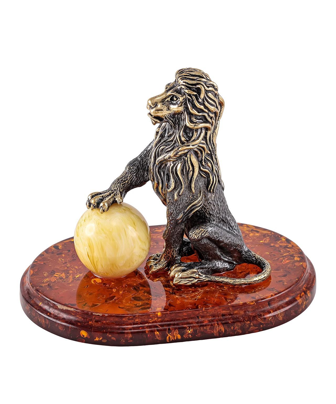 Лев Царь зверей 1220