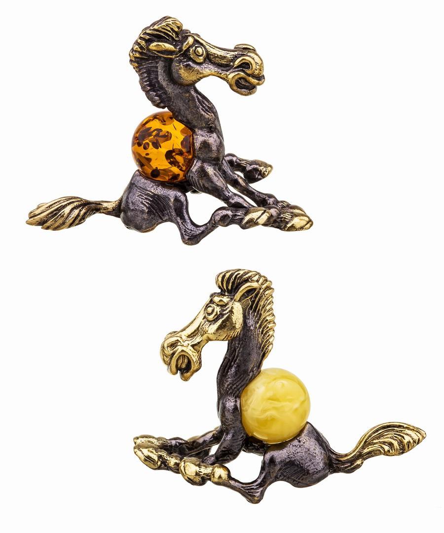 Лошадь Юлий  406