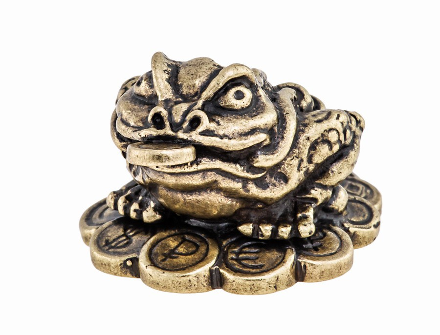 Лягушка фен-шуй с монетами 567