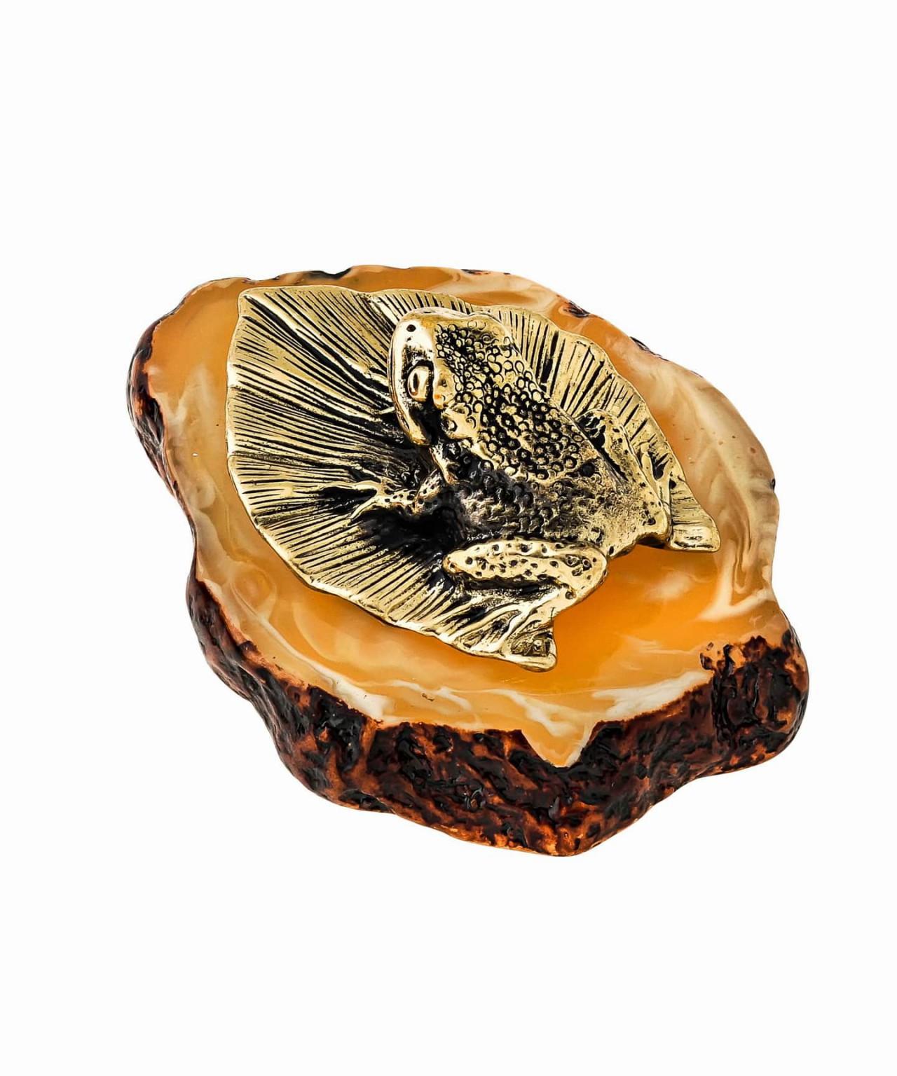 Лягушка на листике 1432