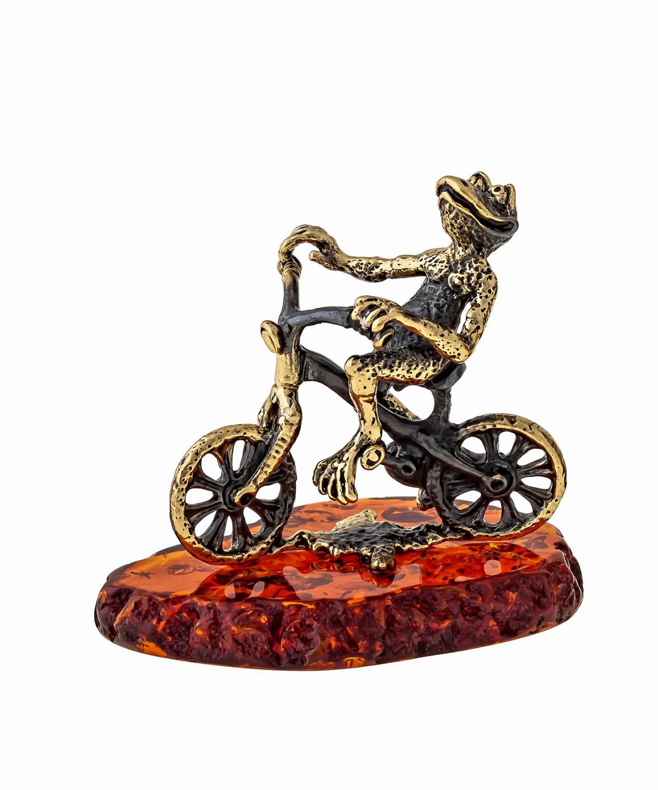 Лягушка на Велосипеде 1348