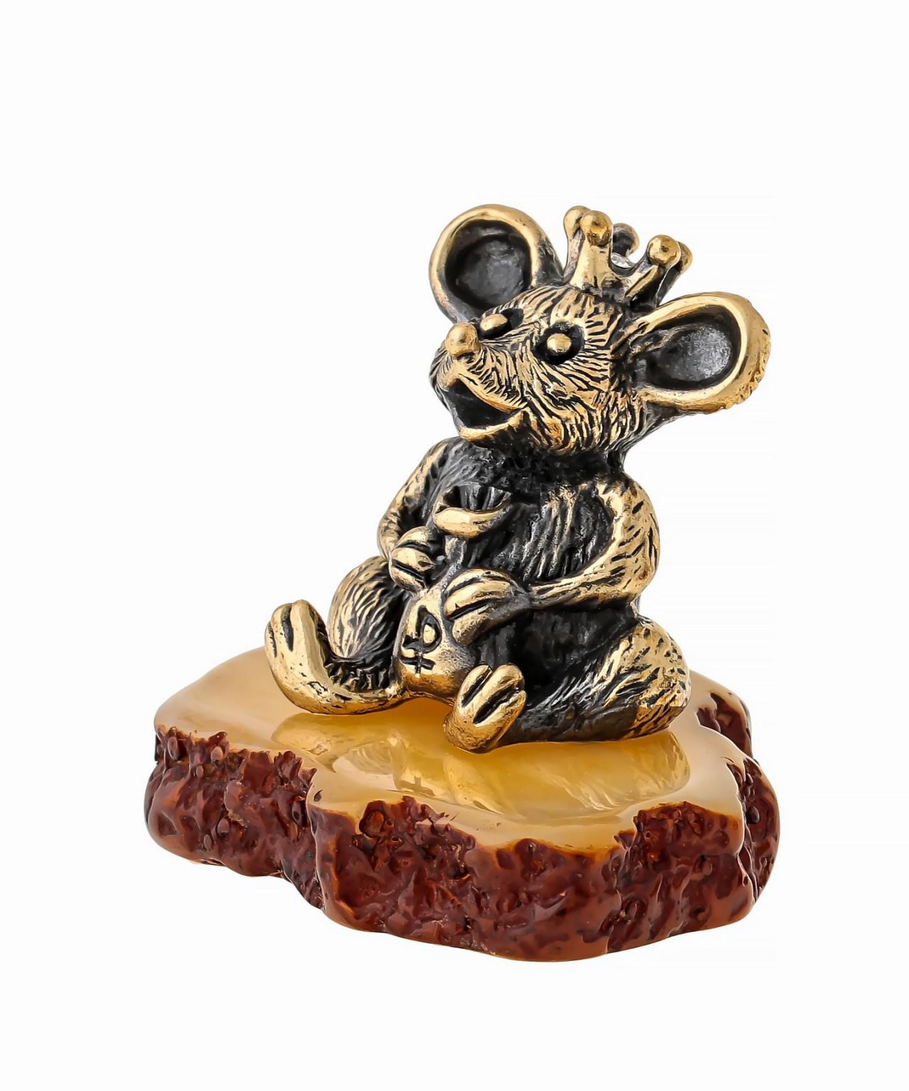 Мышь в короне 1525