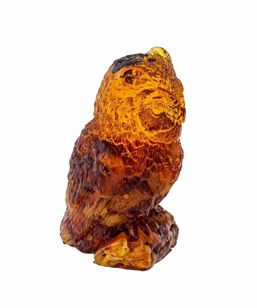 Птица Совушка на пне Янтарная 1370