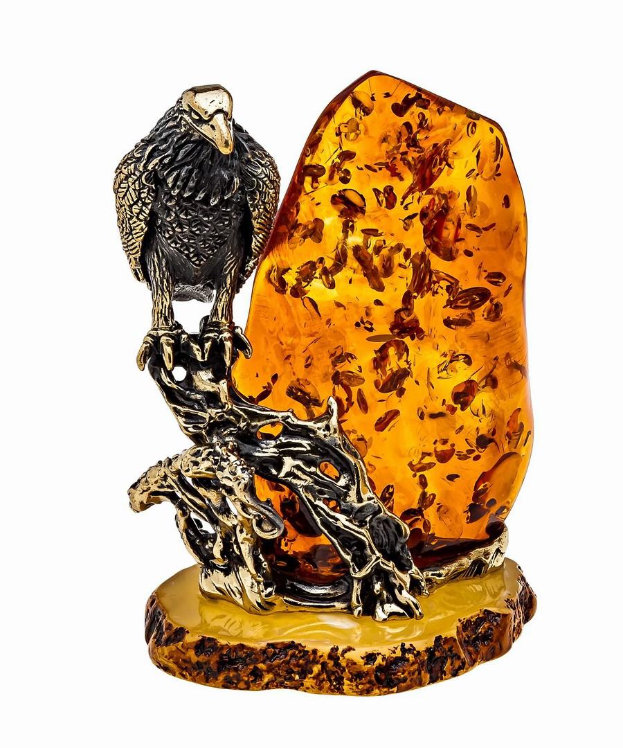 Птица Ворон у скалы 1177