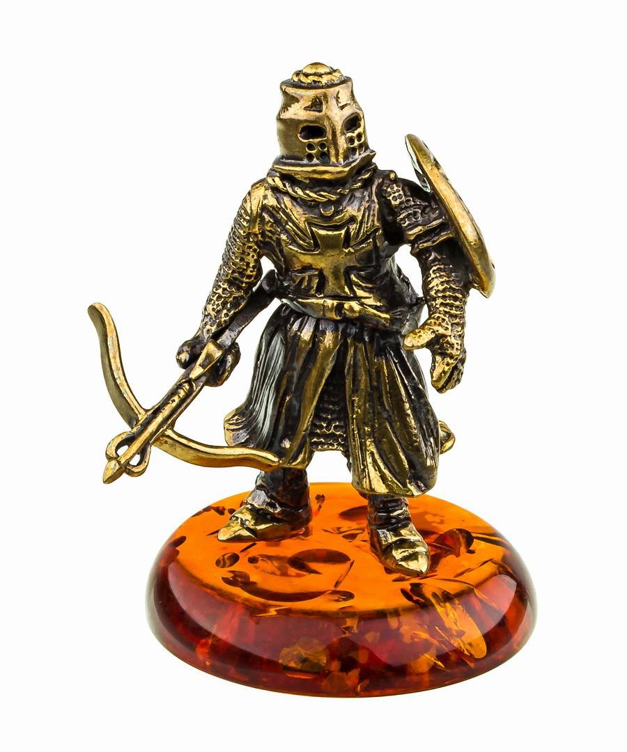Рыцарь с арбалетом 753