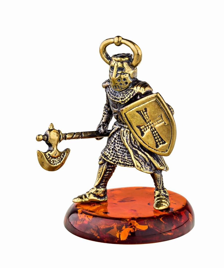 Рыцарь с топором 2  702