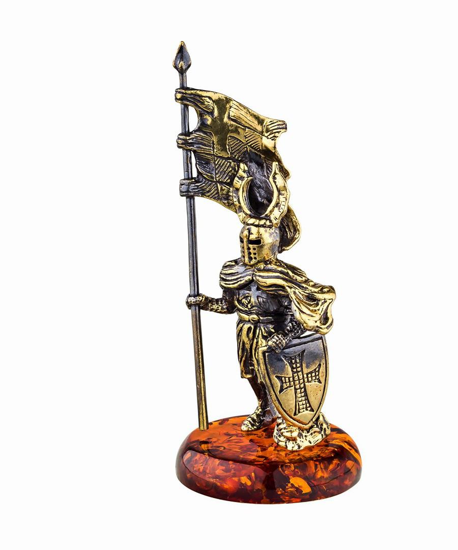 Рыцарь Знаменосец 2 720