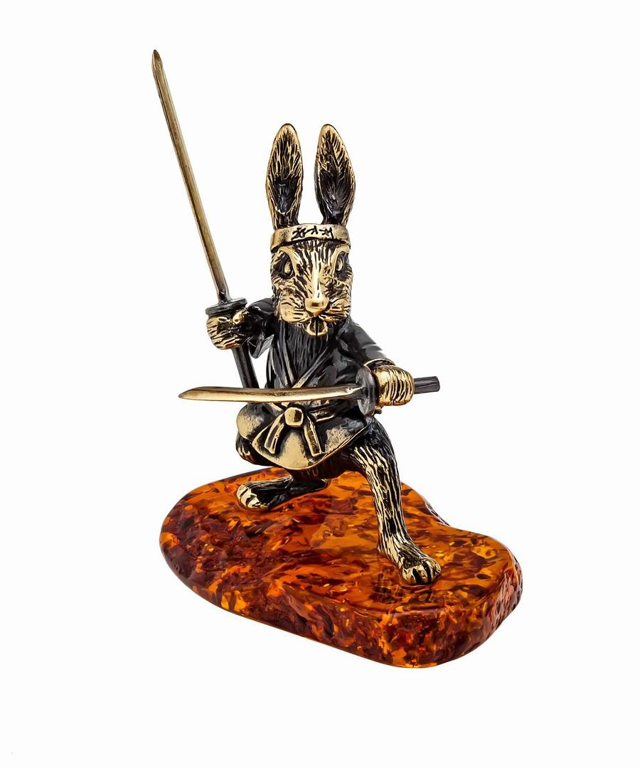 Заяц Самурай с мечами 1145